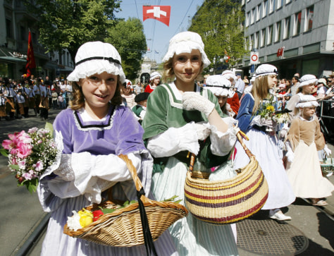 Image: Girls in Switzerland