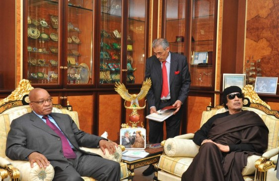 Image: South African President Zuma  meets with Libyan leader Moammar Gadhafi during his visit to Tripoli, on Monday.