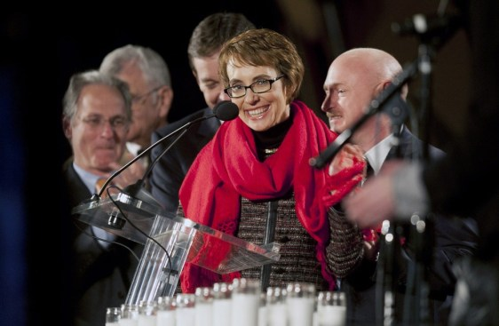 Image: Giffords attends candlelight vigil