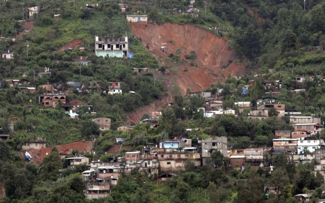 Image: View of landslide damage