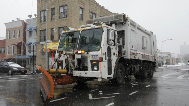 Image: Snow plow in NYC