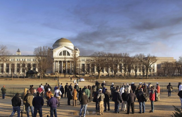 Image: Smoke over the Smithsonian's National Museum of Natural History
