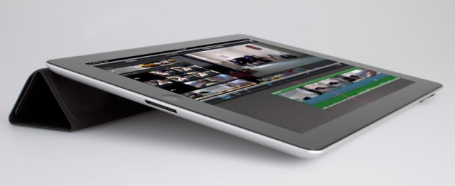 Image: iPad 2 with Smart Cover