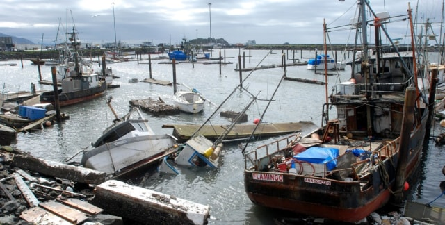 Image: Boats tossed about at Crescent City