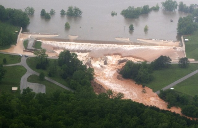 Image: Water breaches levee