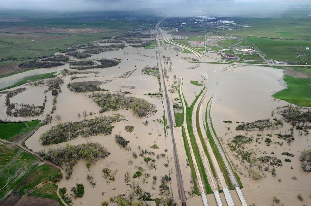 Image: Flooded stretch of Interstate 90
