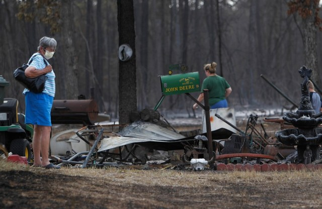 Image: Fire-destroyed home in Texas