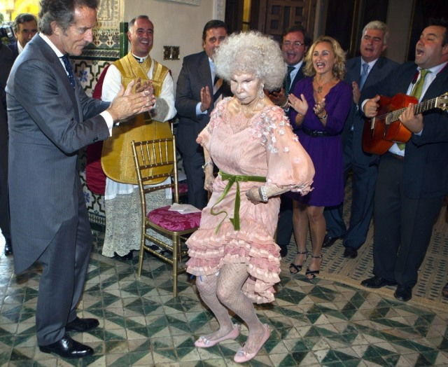 Image: Duchess of Alba Marries Alfonso Diez