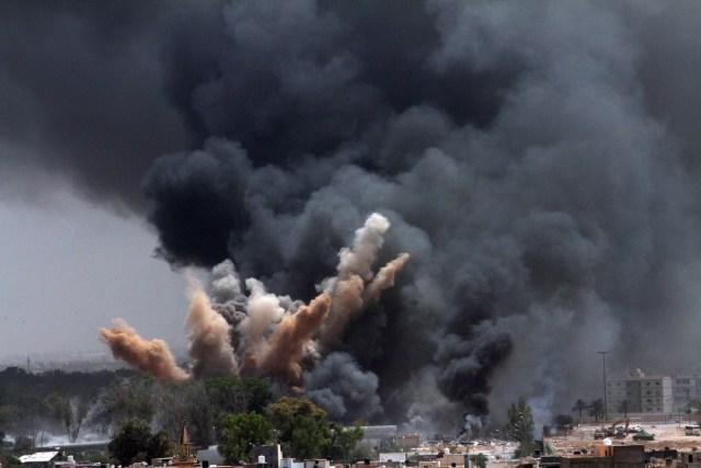 Image: NATO airstrike targeting Tripoli, Libya