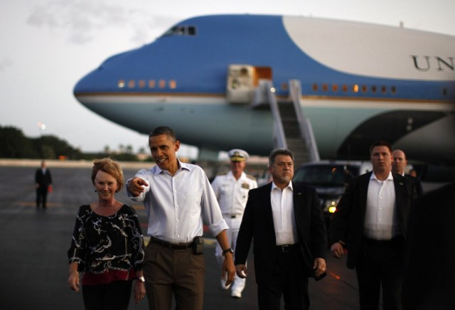 Image: President Barack Obama arrives in Hawaii