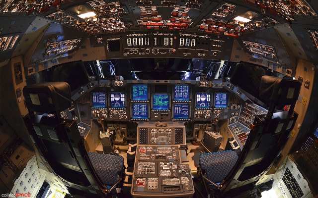 Image: Flight deck, space shuttle Endeavour