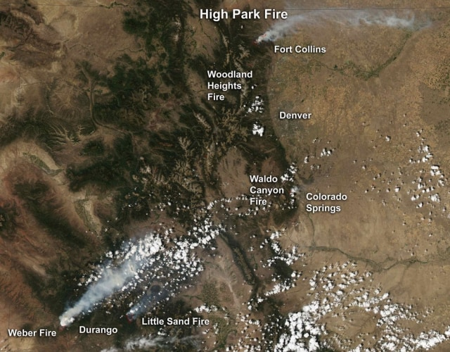 Image: Satellite image of wildfires burning across Colorado