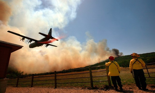 Image: Fire retardant dropped on Texas wildfire