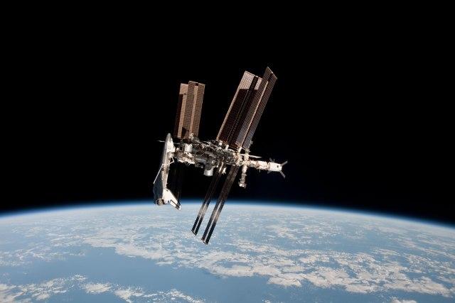 Лучшие фото на космическую тематику за 2011 год.