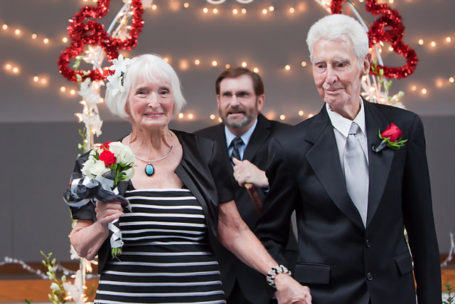 Image: Rose Pollard Lunsway, 90, and Forrest Lunsway, 100, at their wedding