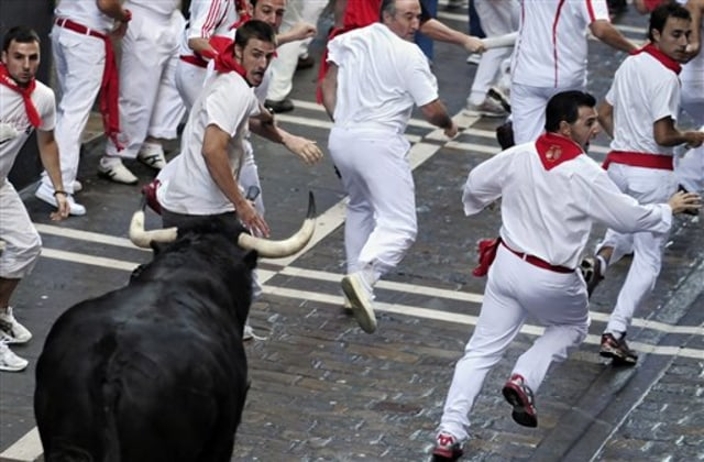 Image: Running of the bulls