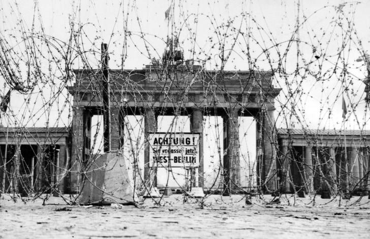 external image ss-091102-berlin-wall-01.grid-9x2.jpg