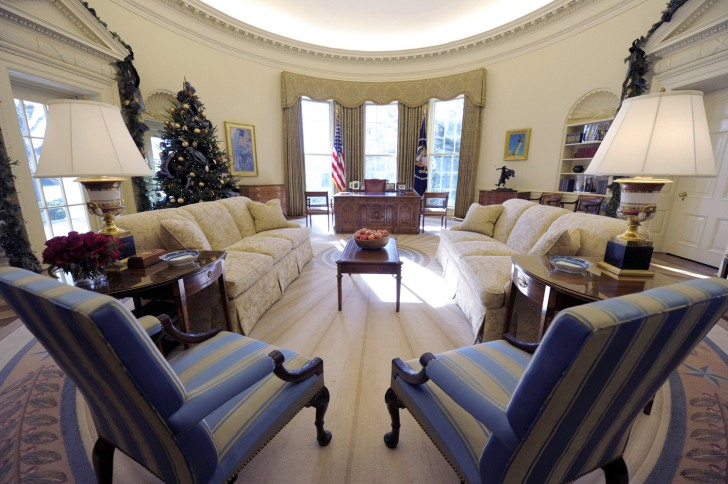 Obama adds his style to oval office decor today news Oval office decor by president