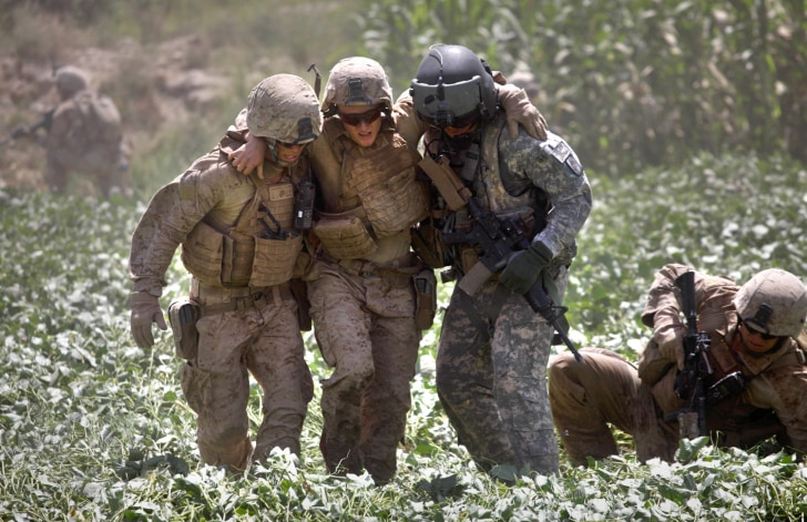 photographer flies with medevac team in afghanistan
