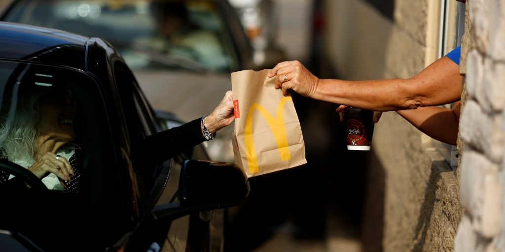 The best ways to cut the carbs from your fast-food meal