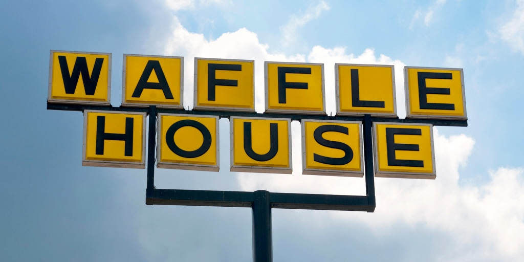 Coronavirus is a Waffle House 'Index Red': Restaurant chain shutters 365 stores