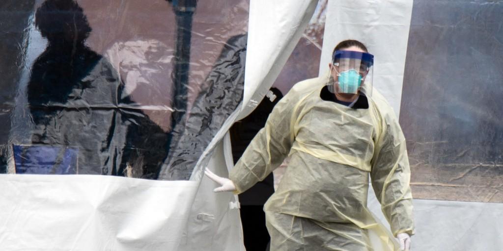 Coronavirus cases break records as states around U.S. reel under surge