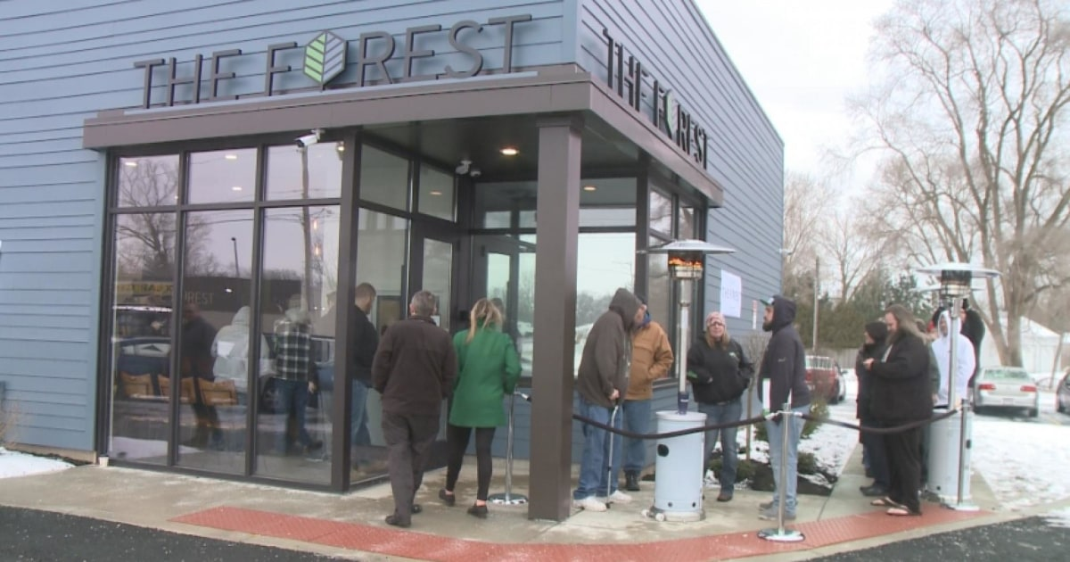 Medical marijuana sales begin for the first time in Ohio