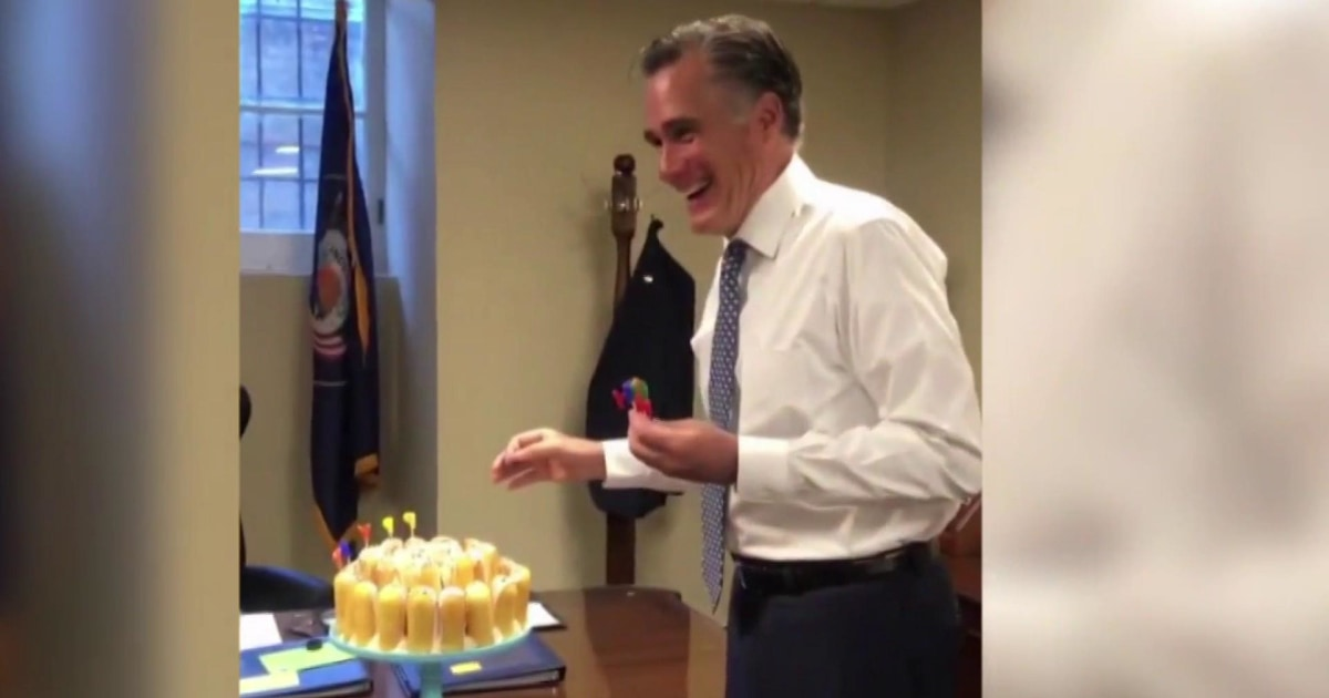 Mitt Romney celebrates birthday with Twinkie cake... and a very careful candle routine