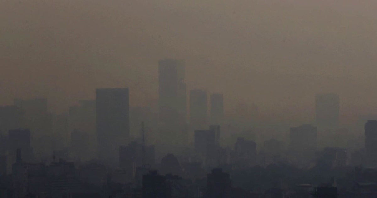 Fires leave Mexico City clouded by air pollution worsened by global warming