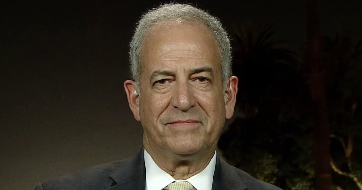 Russ Feingold: Nothing will stop Trump unless the Senate removes him