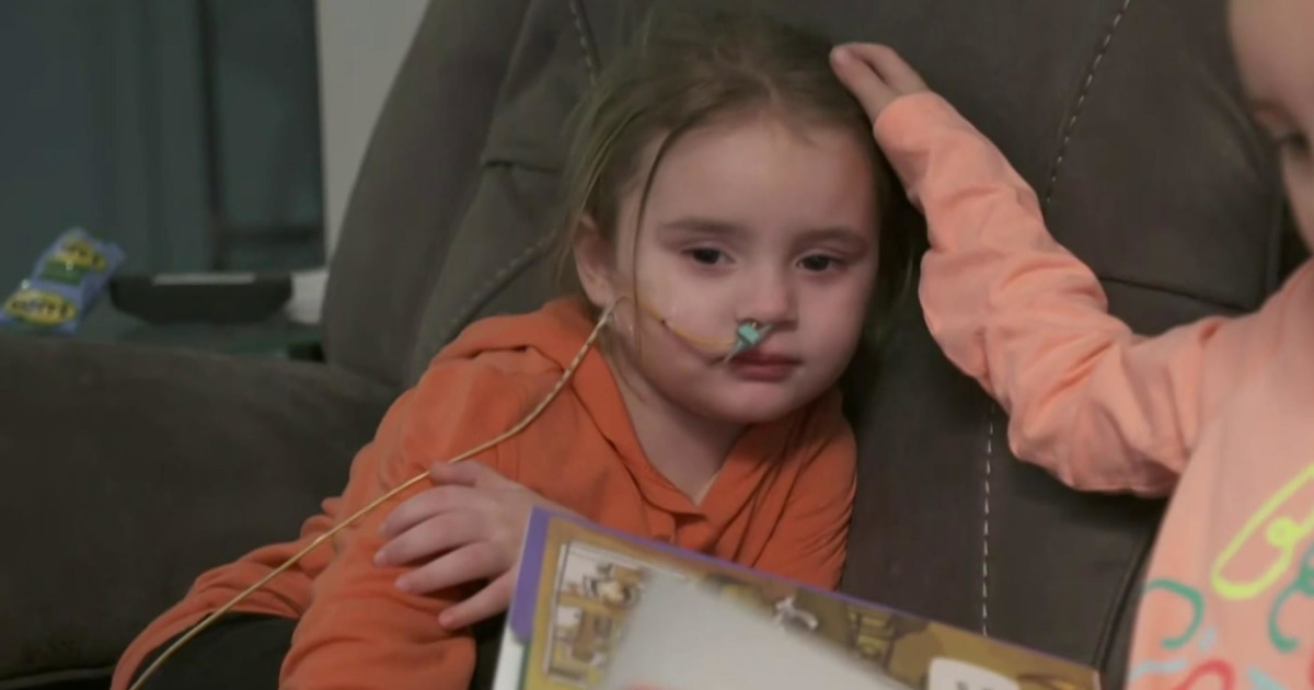 母の警告の後、インフルエンザの葉4歳の盲目