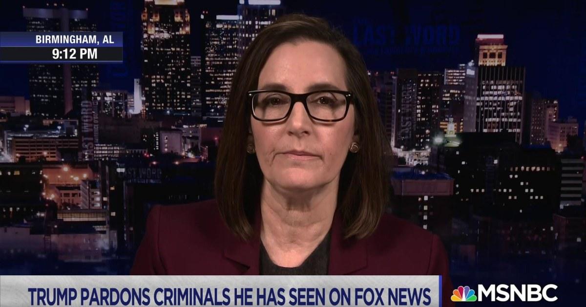 Fmr. federal prosecutor: Trump uses his pardons as a signal to associates
