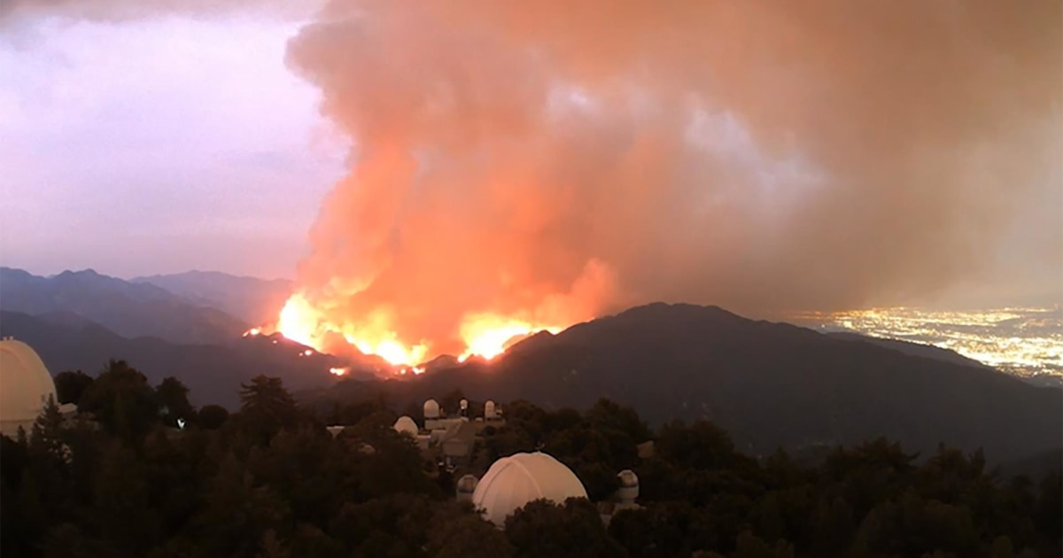 WATCH: Time-lapse video shows Bobcat Fire spread from smoke to wildfire thumbnail