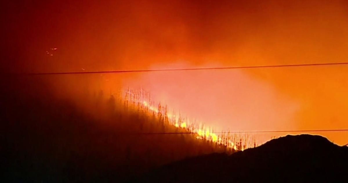Evacuations ordered as Colorado wildfire rages