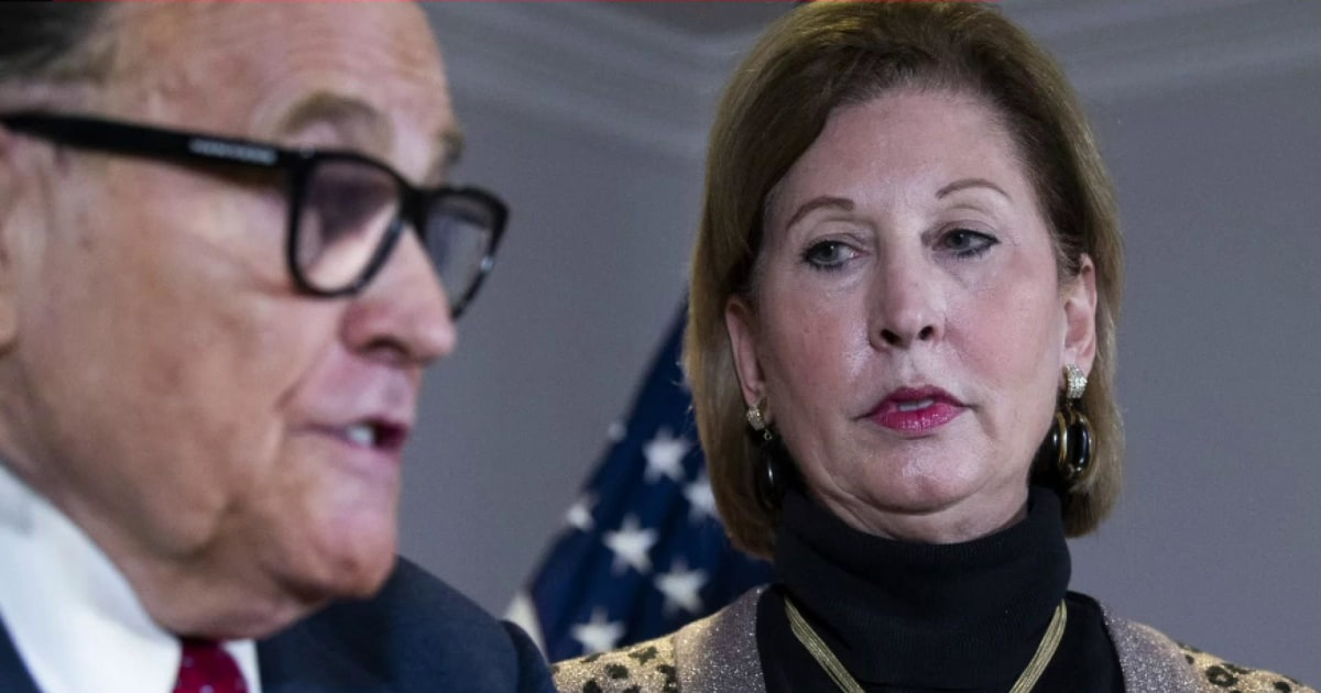 Ex-Trump lawyer admits Big Lie was lie
