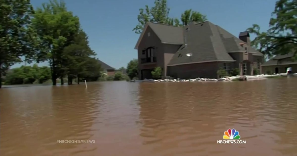 louisiana underwater  prepares for worst as red river swells