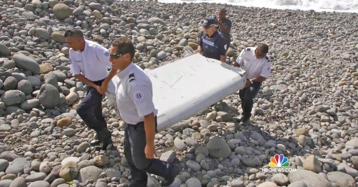 Strong hope Réunion debris will solve MH370 mystery ...  |Debris Mystery