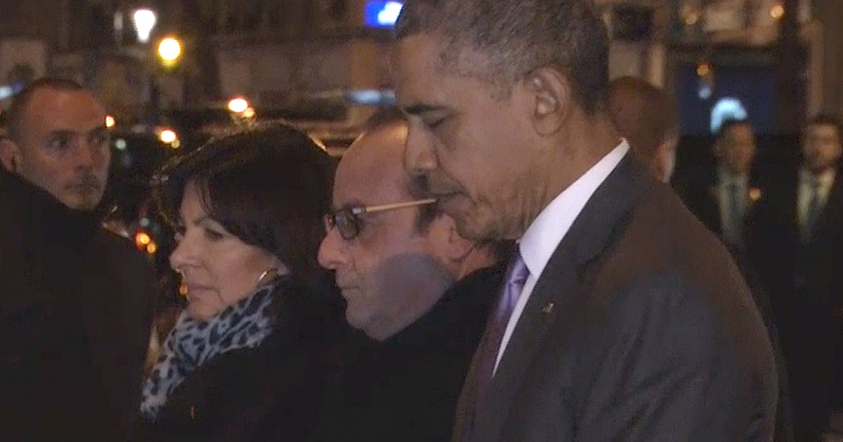 presidents hollande  obama pay respects at french theater