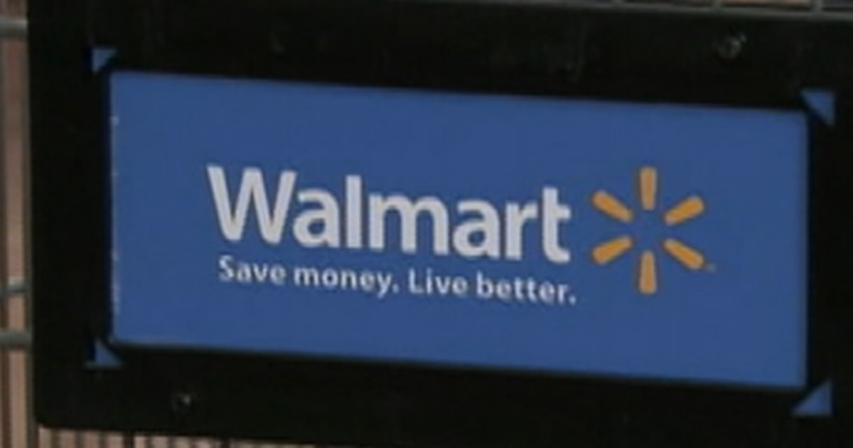 Report: Needles found in Wal-mart clothing