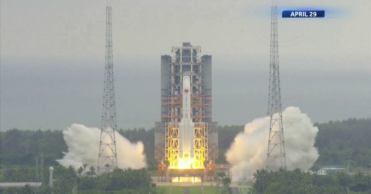 Debris from Chinese rocket expected to fall tonight