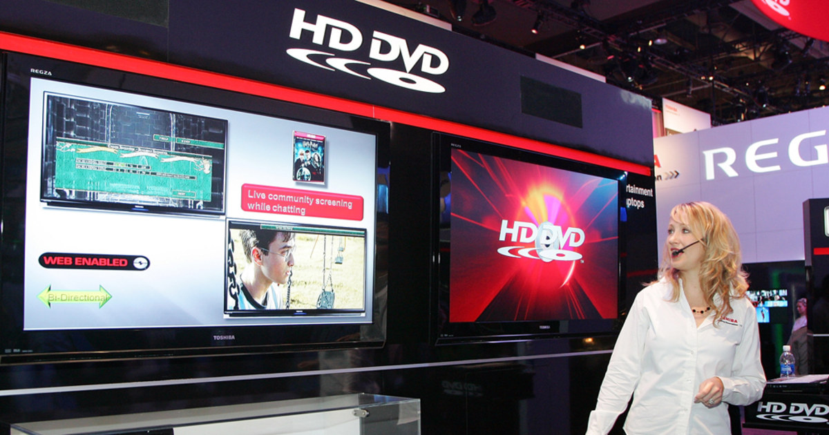 Toshiba cuts prices on HD DVD players