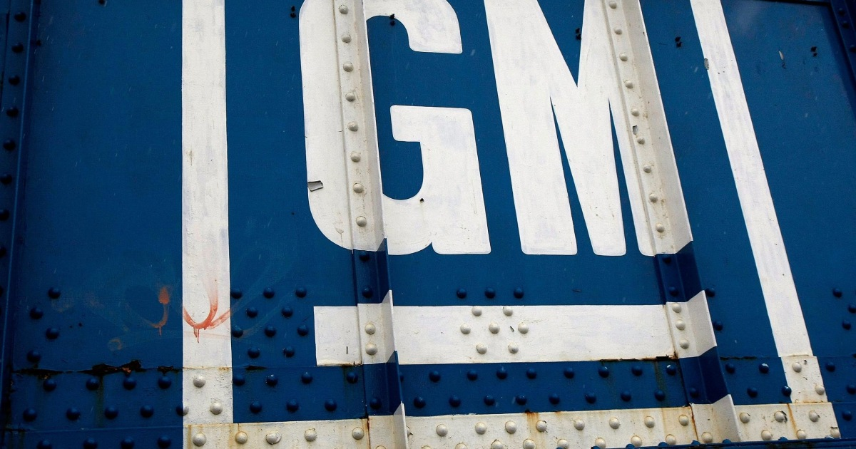 GM Recalls About 60,000 Saturns to Fix Gear Shifts