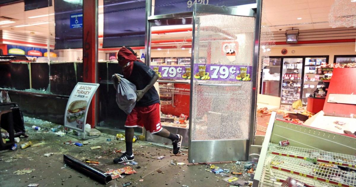 looting erupts after vigil for slain missouri teen michael