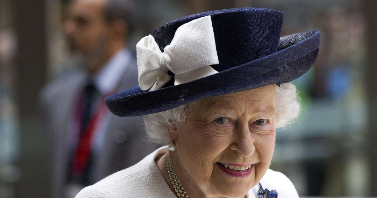 Queen Elizabeth Death Rumor Spreads After BBC Reporter's ...