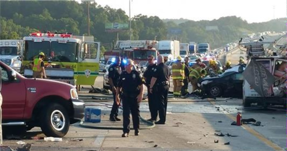 Six Killed in Multi-Vehicle Wreck on Tennessee Interstate