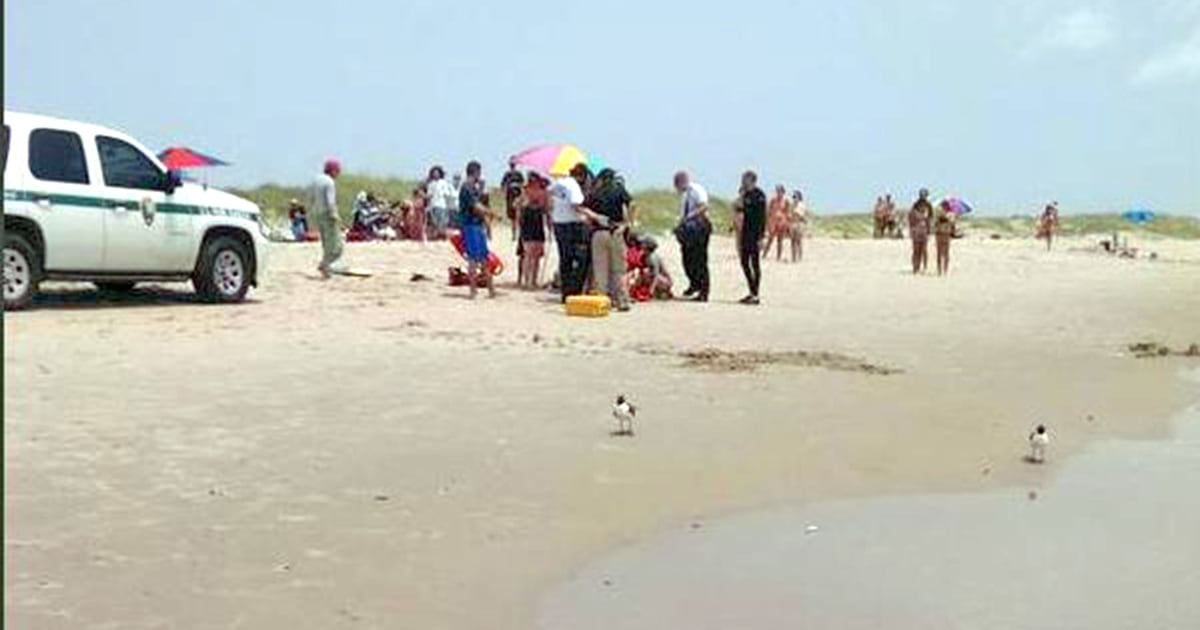 Man 68 Bitten By Shark While Swimming Off North Carolina S Outer Banks