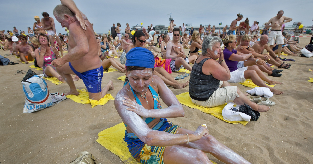 Many Popular Sunscreens Don't Meet Guidelines, New study Finds