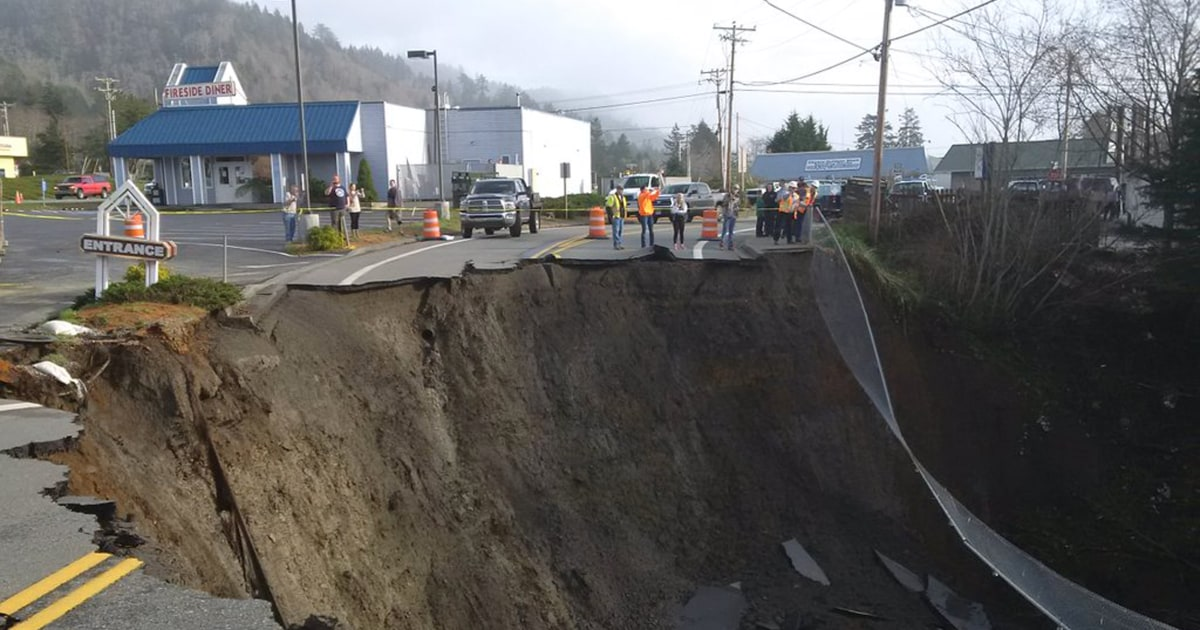 It's A Monster': Massive Sinkhole Closes Part of Oregon Highway 101