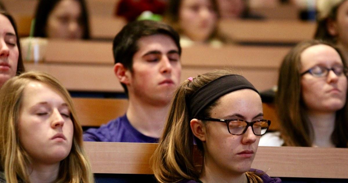 binge drinking and university students essay