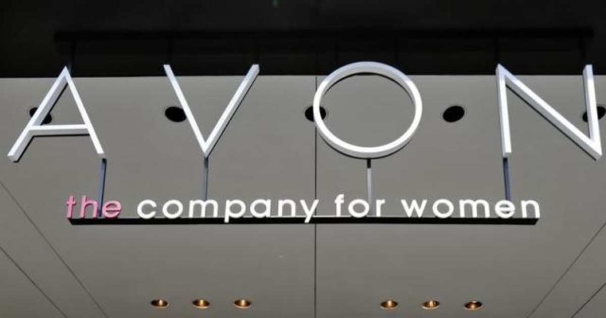Avon Cuts 2,500 Jobs, Will Move HQ From NYC to UK